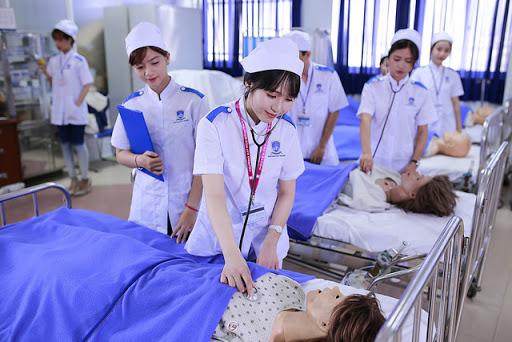 2021 có nên đi du học điều dưỡng Nhật Bản không?